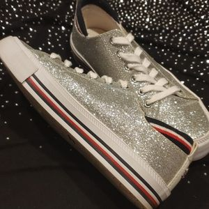 Tommy Hilfiger silver sparkle sneakers Size 5 1/2m